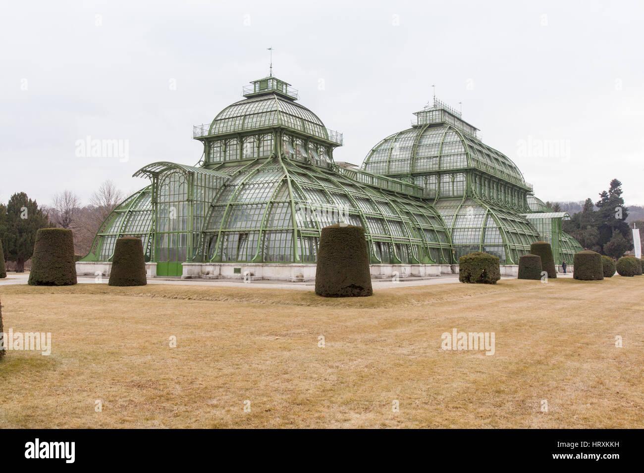 Palm House or Palmenhaus in the Schönbrunn palace gardens, Vienna, Austria. - Stock Image