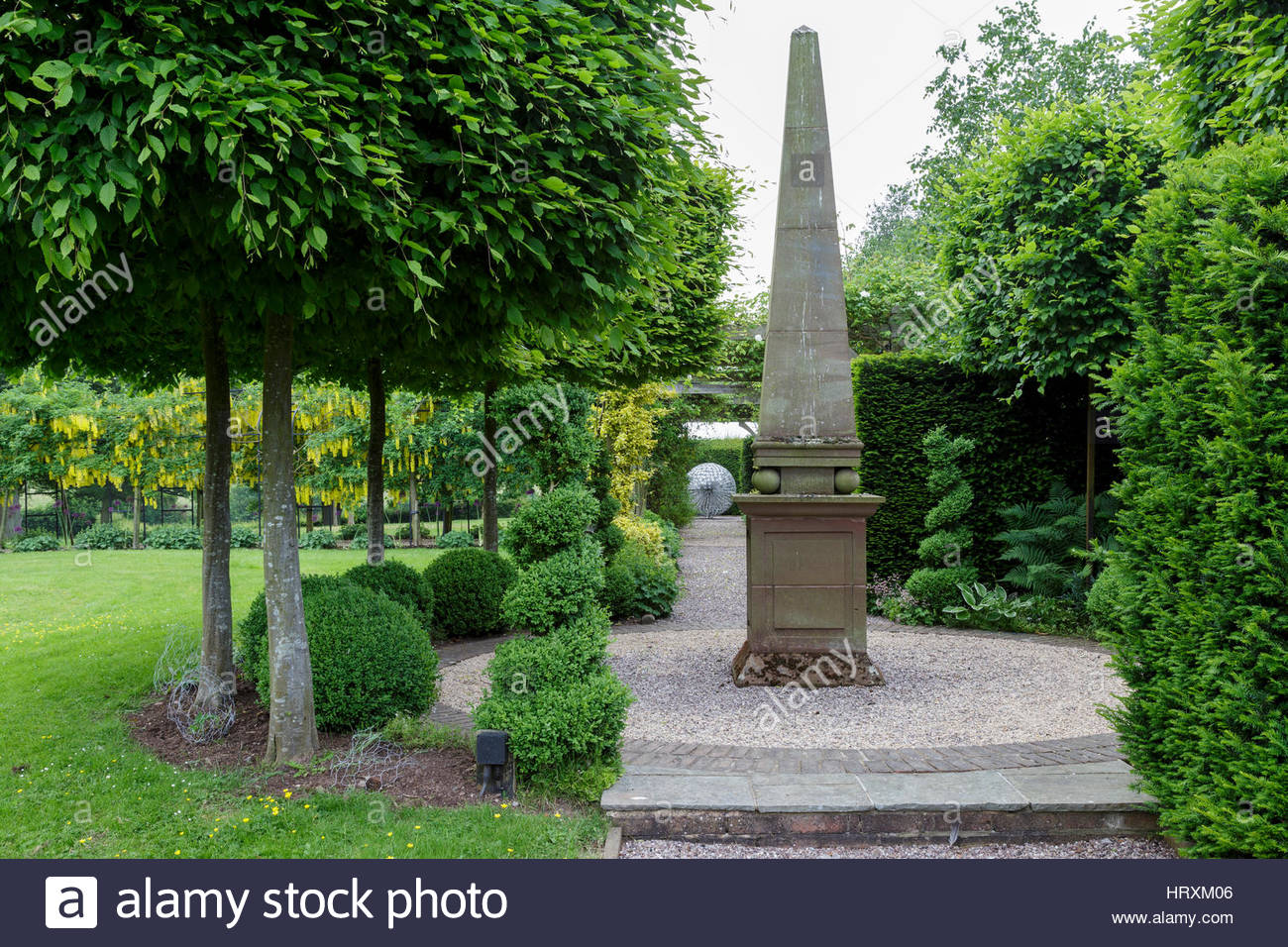 Merveilleux Mitton Manor, Staffordshire. Stone Obelisk Focal Point In Formal Garden    Stock Image