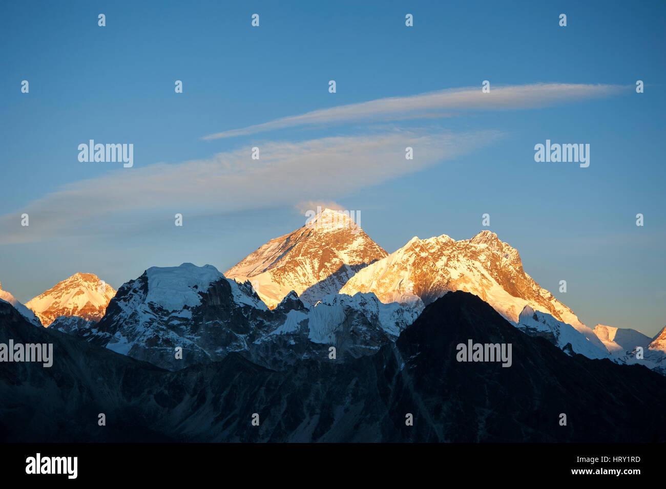 Sun setting over Mount Everest, Himalayas, Nepal, Asia - Stock Image