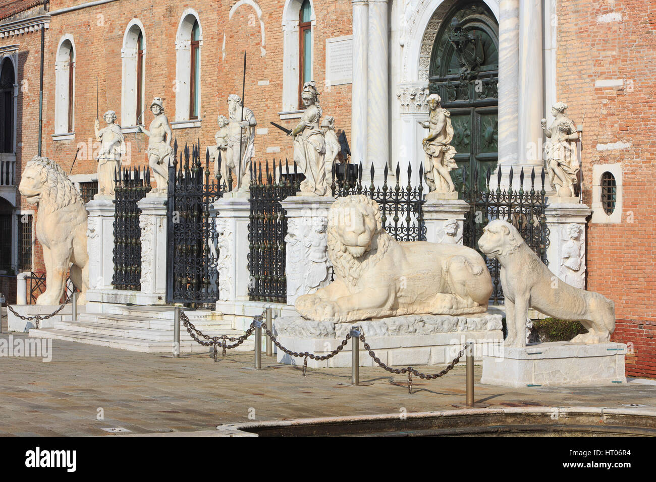 The Venetian Arsenal's main gate, the Porta Magna (1460) flanked by the Piraeus Lion and various other lions - Stock Image