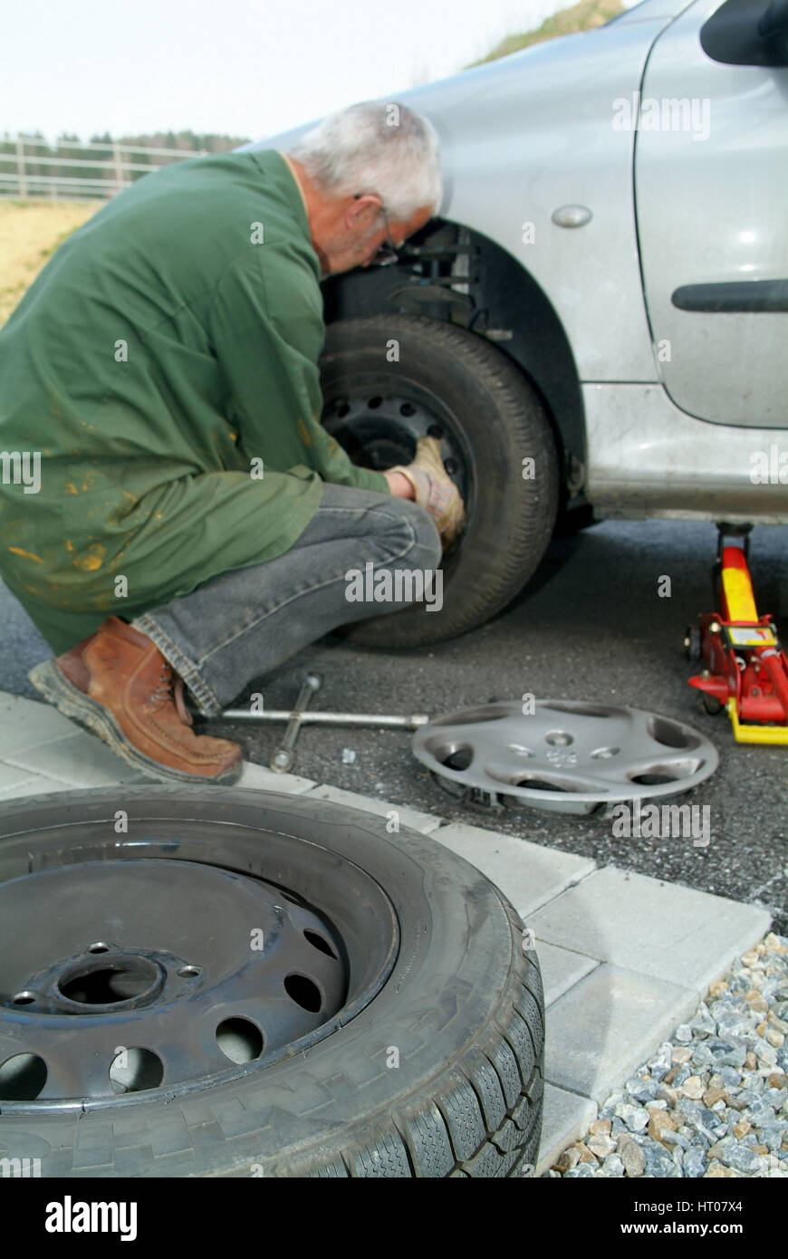 Reifenwechsel - tire change Stock Photo