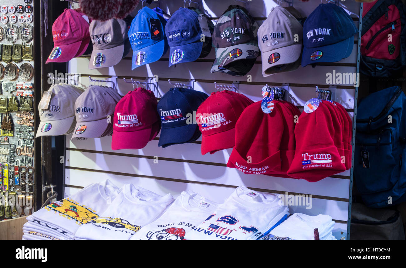 Red Trump 'Make America Great Again' caps in Little Italy - Stock Image