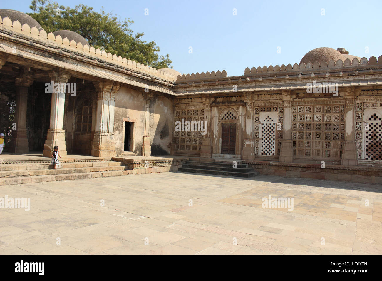 Courtyard adjacent to tomb complex. Sarkhej Roza, Ahmedabad, Gujarat India - Stock Image