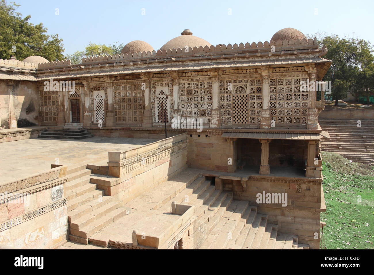 Courtyard towards Sarkhej lake at Sarkhej Roza, Makarba, Ahmedabad in Gujarat India. - Stock Image