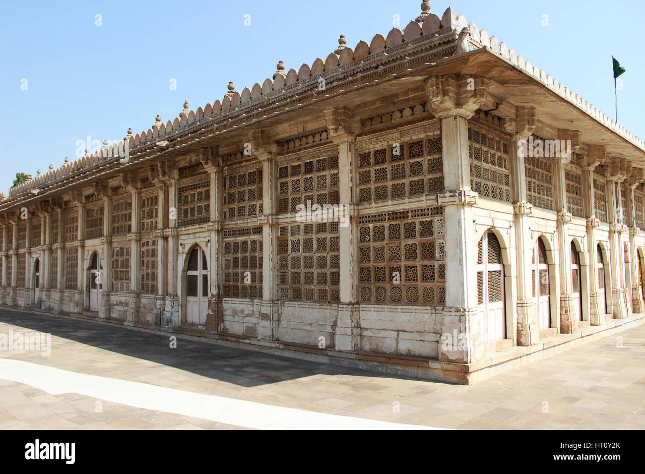 Exterior of Sarkhej Roza mosque in Ahmedabad, Gujarat, India - Stock Image