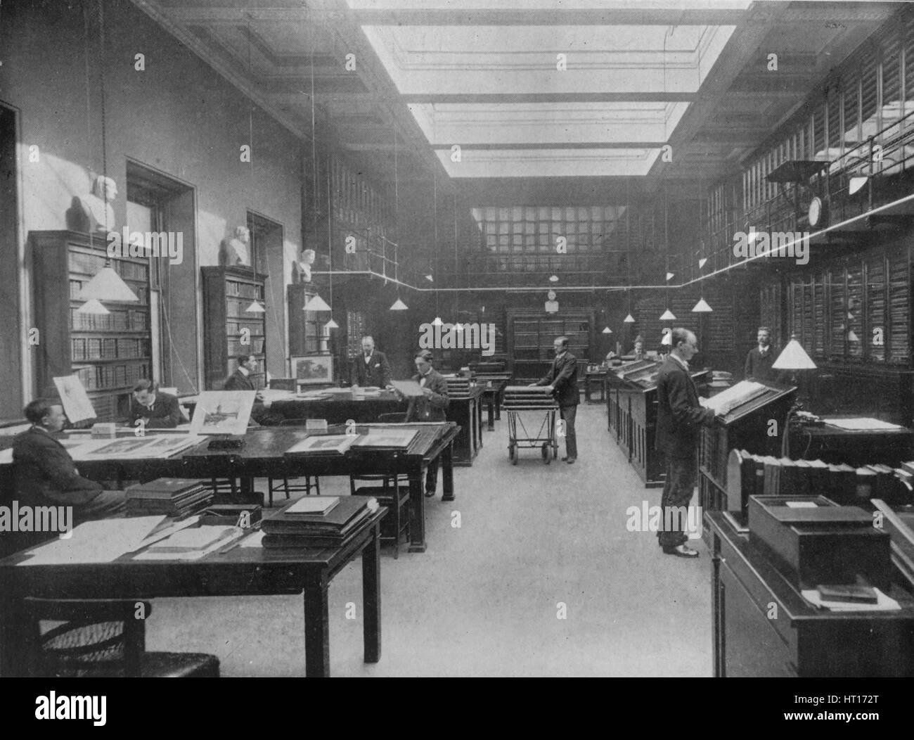 'The British Museum Print Room', c1901. Artist: Unknown. - Stock Image