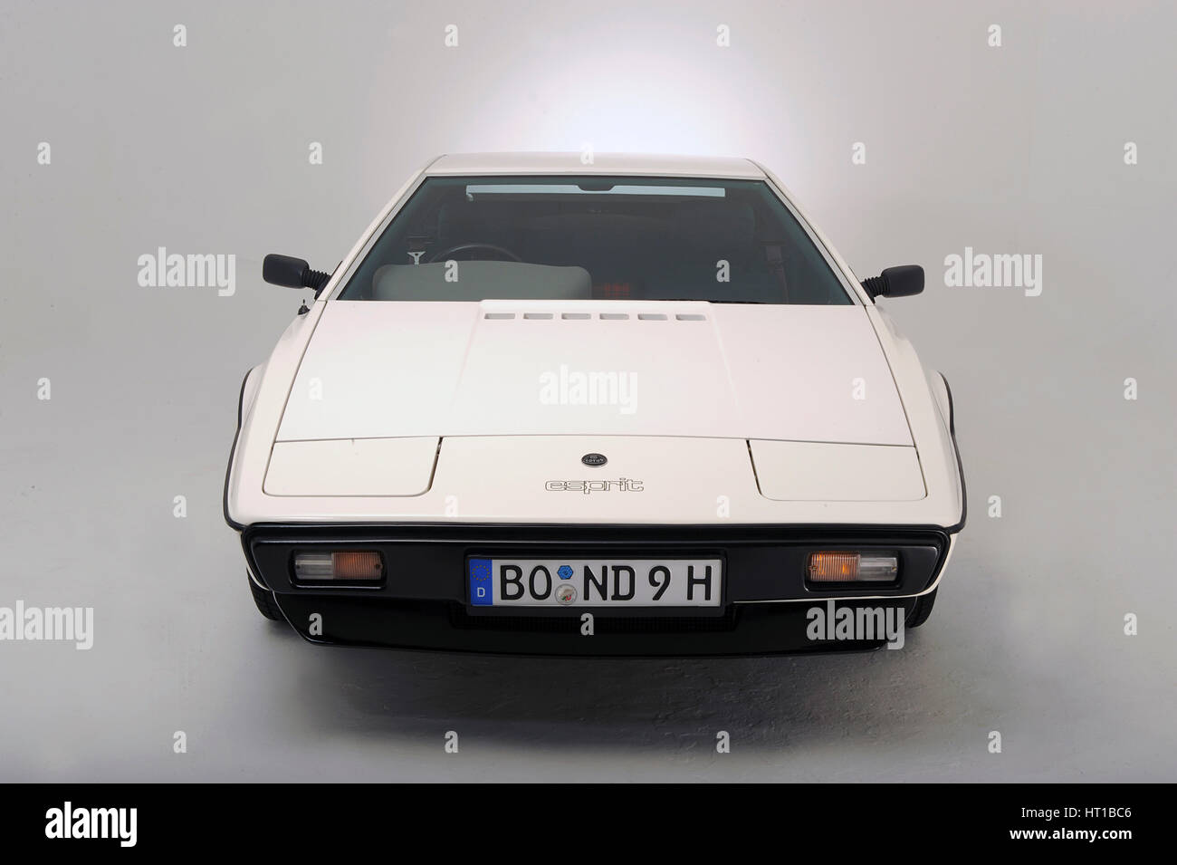 Lotus Esprit 1977 from the James Bond film The Spy Who Loved Me. Artist: Simon Clay. - Stock Image