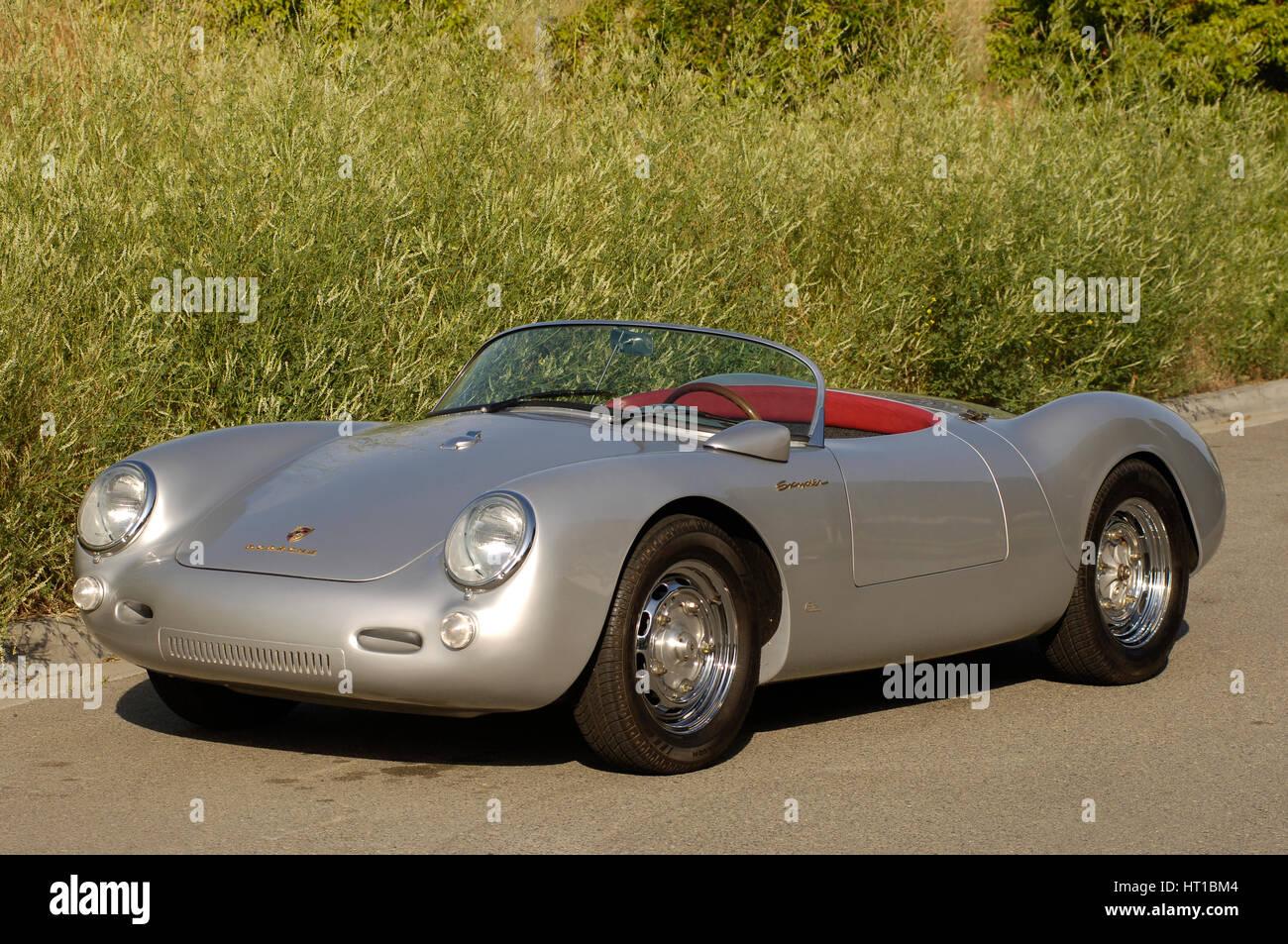 1956 Porsche Spyder James Dean Replica Artist Simon Clay Stock Photo Alamy