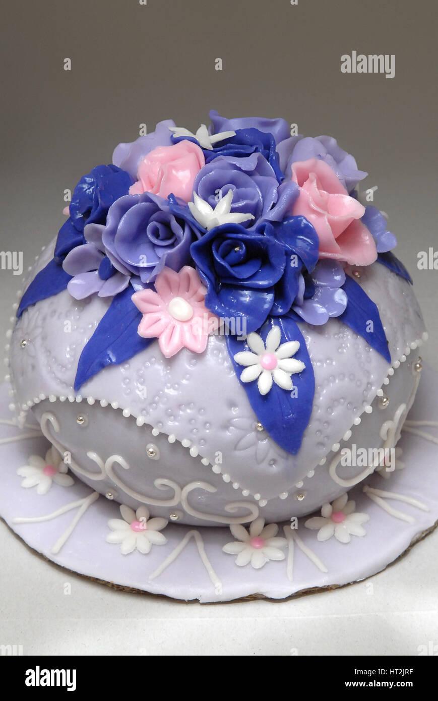 Bride Groom Cake Decoration Blue Pink Stock Photos Bride Groom