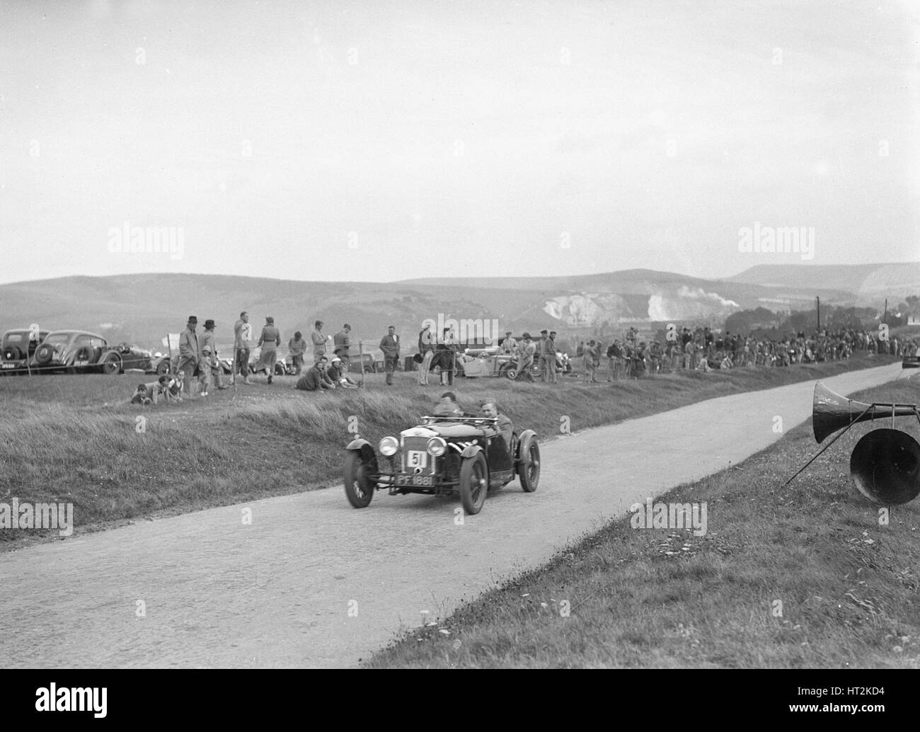 1926 Frazer-Nash of JG Clarke competing at the Lewes Speed Trials, Sussex, 1938. Artist: Bill Brunell. - Stock Image