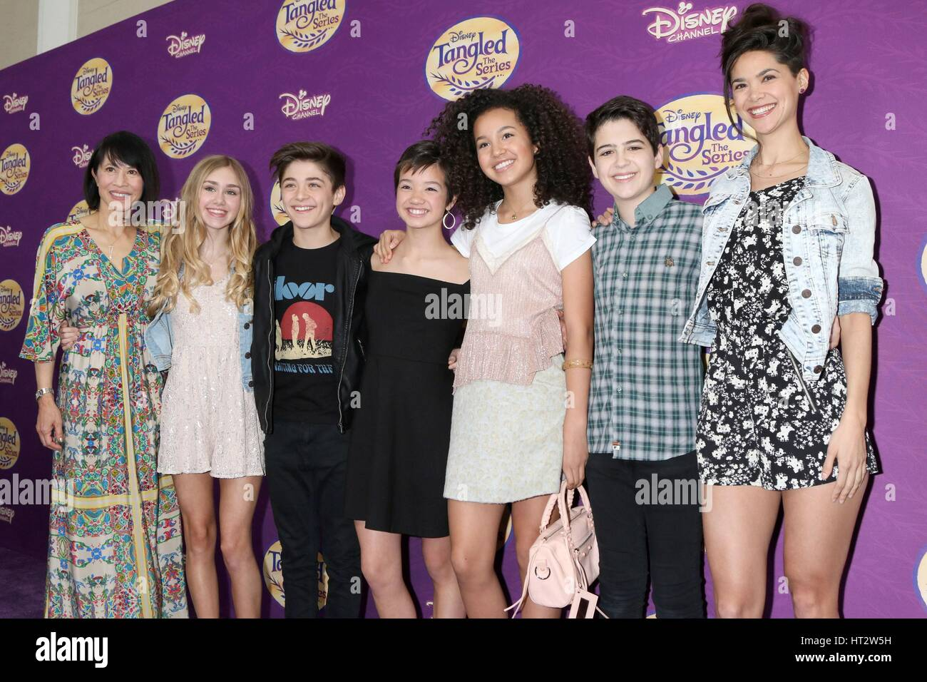Los Angeles, CA, USA. 4th Mar, 2017. Lauren Tom, Emily Skinner, Asher Angel, Peyton Elizabeth Lee, Sofia Wylie, - Stock Image