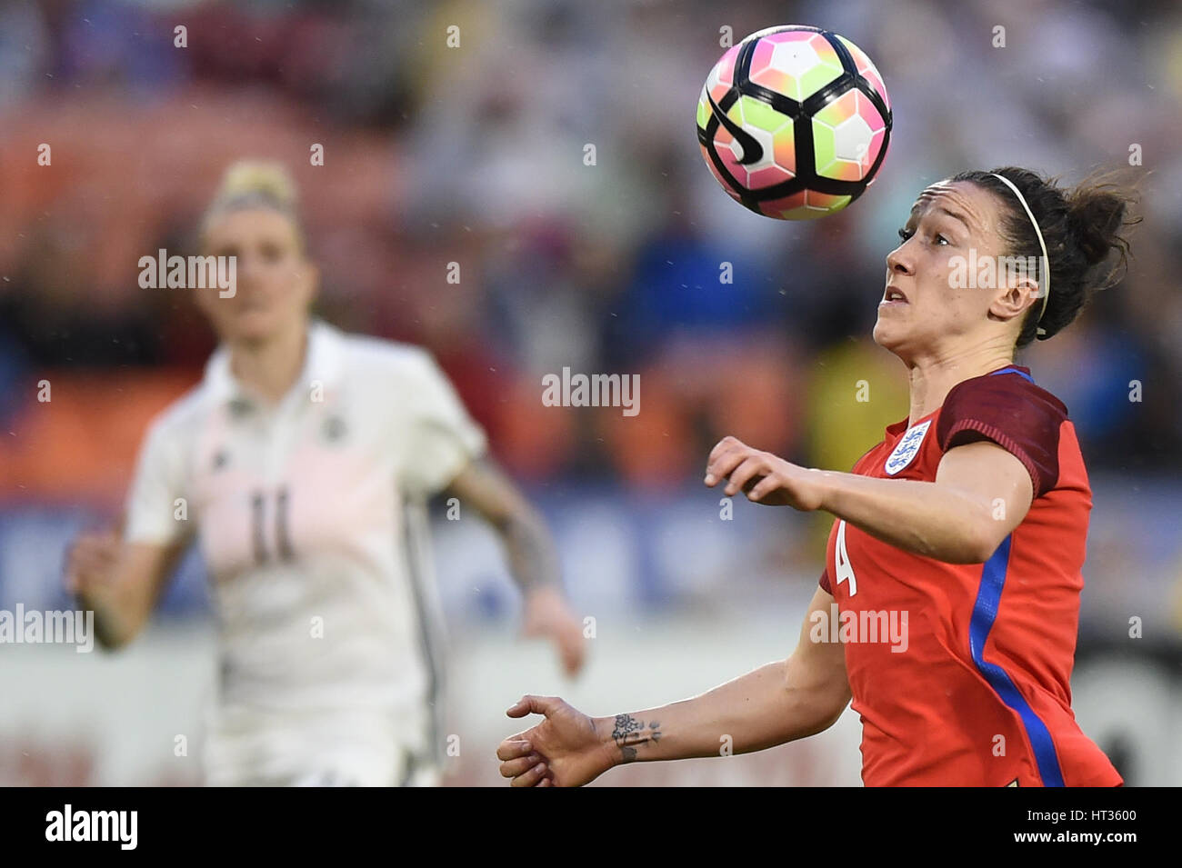 Washington DC, USA. 07th Mar, 2017. England's Lucy Bronze (4) keeps her eye on the ball during the match between Stock Photo