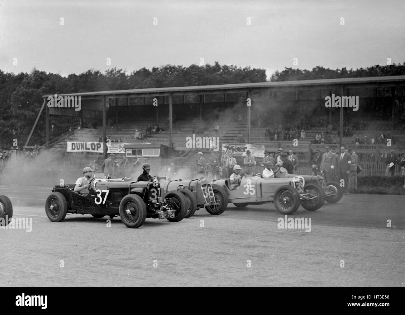 Race meeting at Donington Park, Leicestershire, 1936. Artist: Bill Brunell. - Stock Image
