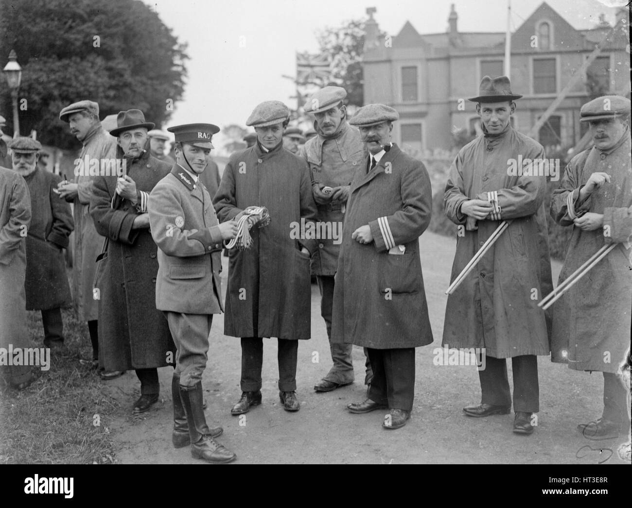 At the RAC TT race, Isle of Man, 10 June 1914. Artist: Bill Brunell. - Stock Image