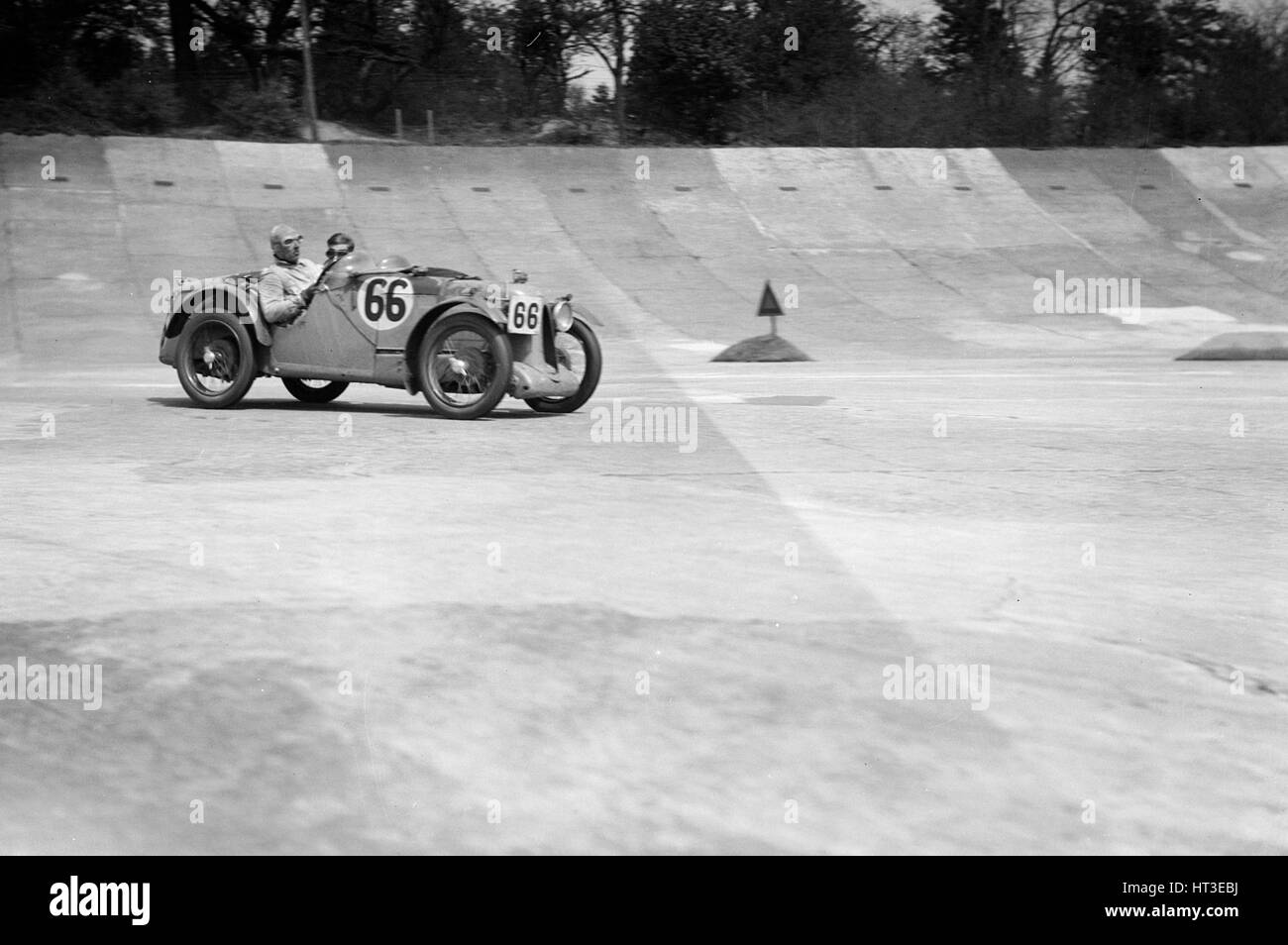 MG C type of HC Hamilton and SV Holbrook at the JCC Double Twelve race, Brooklands, 8/9 May 1931. Artist: Bill Brunell. - Stock Image