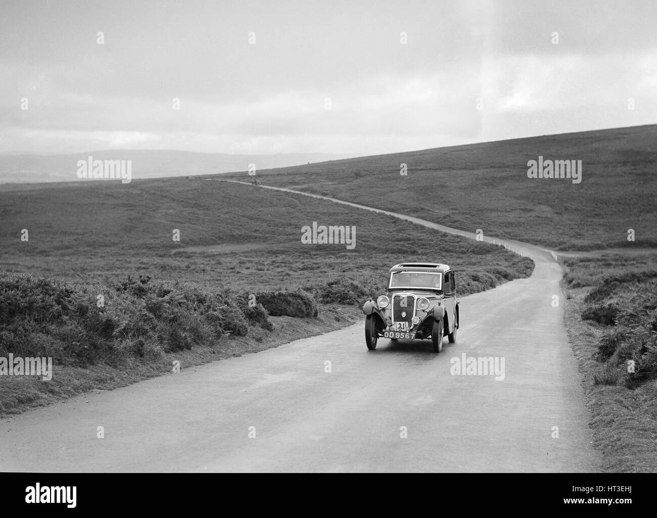 Singer 9 Coupe of DW Biddle, winner of a silver award at the MCC Torquay Rally, July 1937. Artist: Bill Brunell. - Stock Image