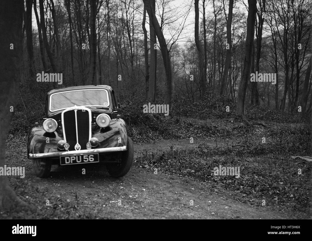 Standard Twelve at the Standard Car Owners Club Southern Counties Trial, Hale Wood, Chilterns, 1938. Artist: Bill - Stock Image