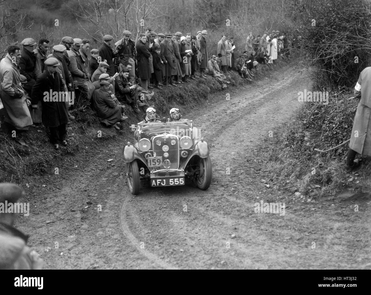 Singer Le Mans of ET Ingham competing in the MCC Lands End Trial, 1935. Artist: Bill Brunell. - Stock Image