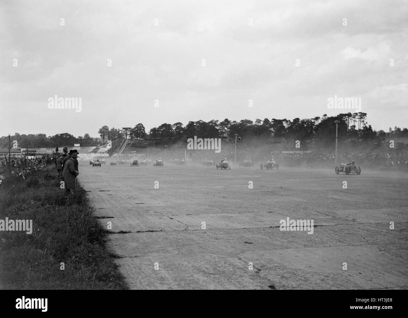 JCC 200 Mile Race, Brooklands, 1920s. Artist: Bill Brunell. - Stock Image