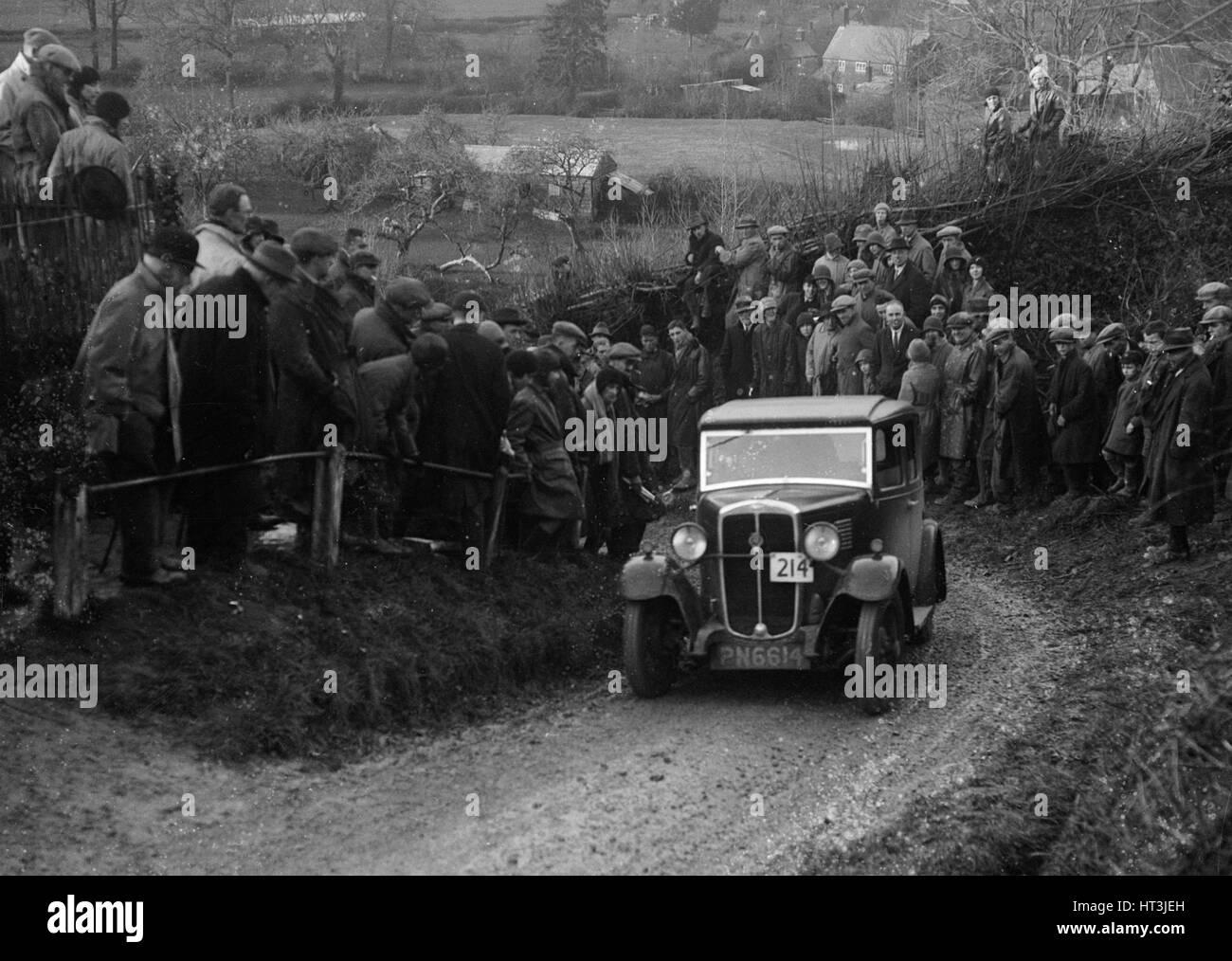 Standard of AV Spotiswoode competing in the MCC Exeter Trial, Ibberton Hill, Dorset, 1930. Artist: Bill Brunell. Stock Photo