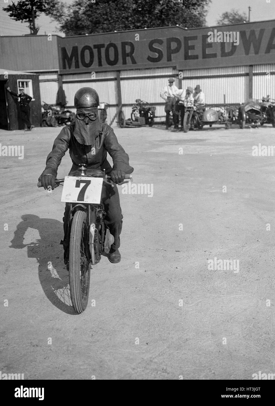 A rider at Lea Bridge speedway circuit, Leyton, London, 1928. Artist: Bill Brunell. - Stock Image