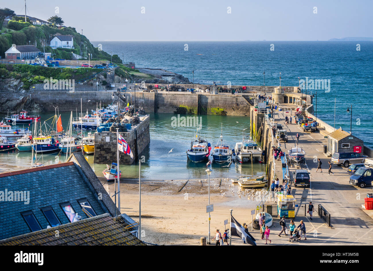 United Kingdom, South West England, Cornwall, Newquay, view of Newquay Harbour at low tide - Stock Image