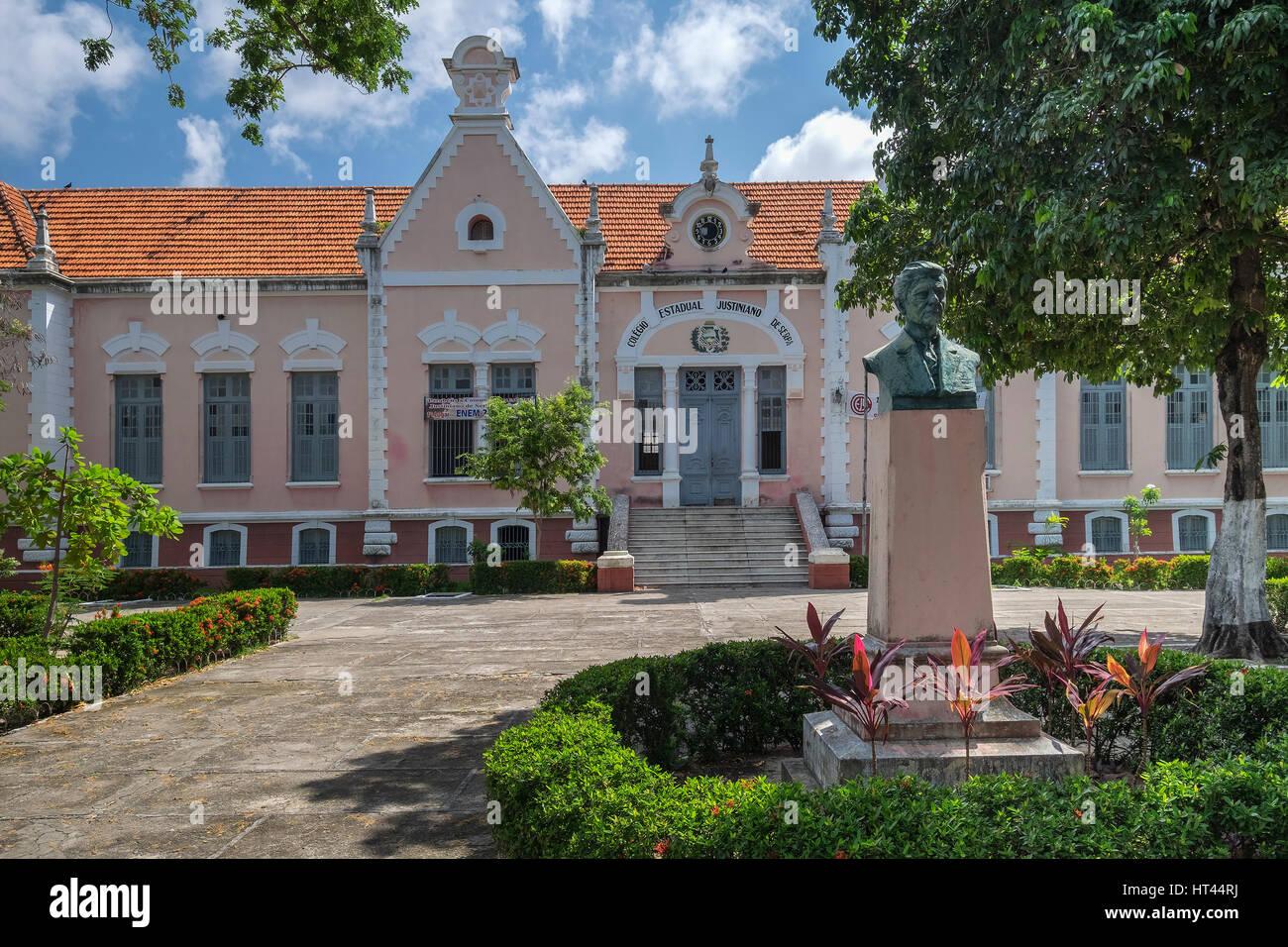 The Justinian State College of Serpa (or Colégio Estadual Justiniano de Serpa), Av. Santos Dumont, Fortaleza, State Stock Photo
