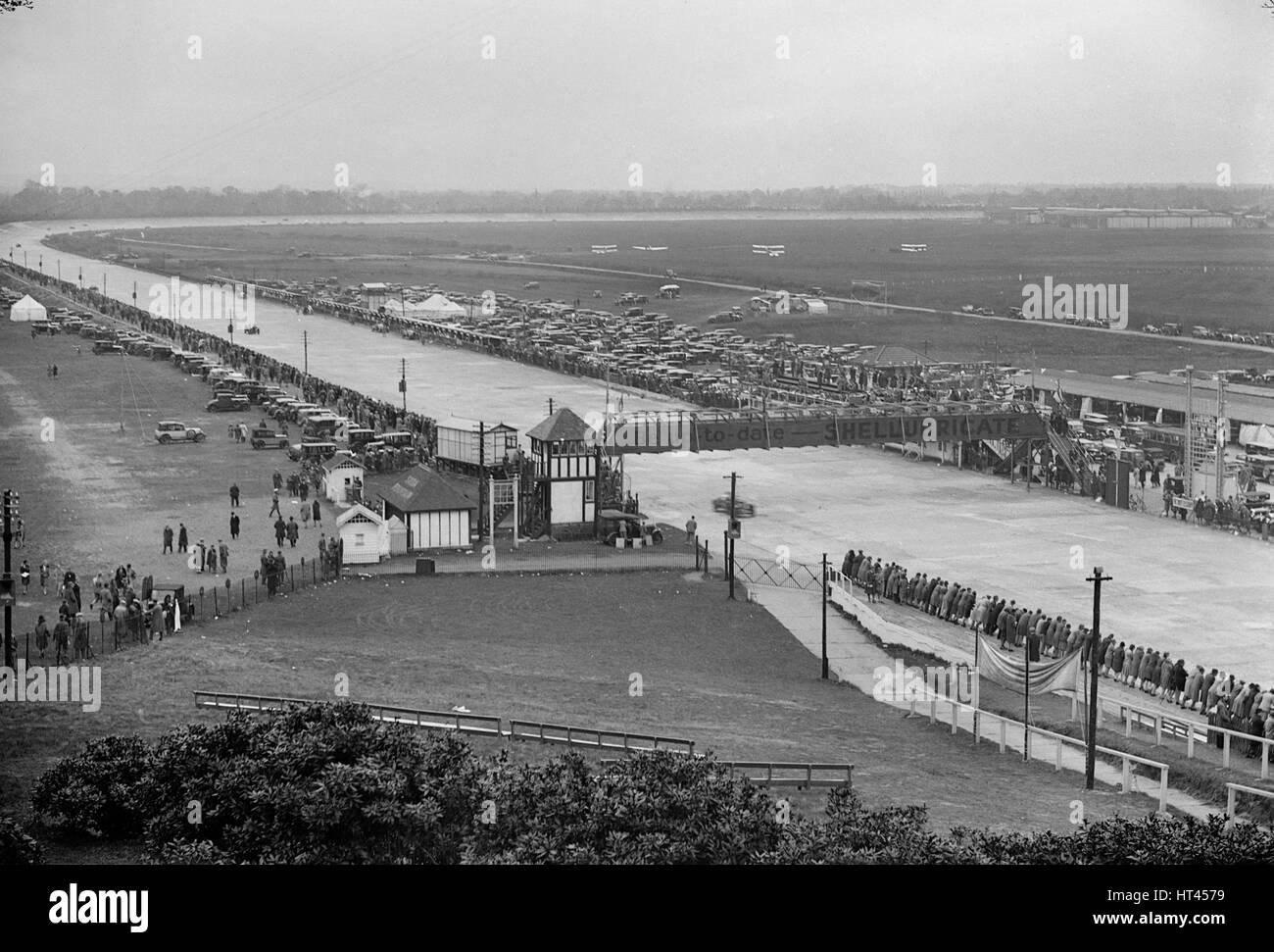JCC Double Twelve Race, Brooklands, Surrey, 1929. Artist: Bill Brunell. - Stock Image
