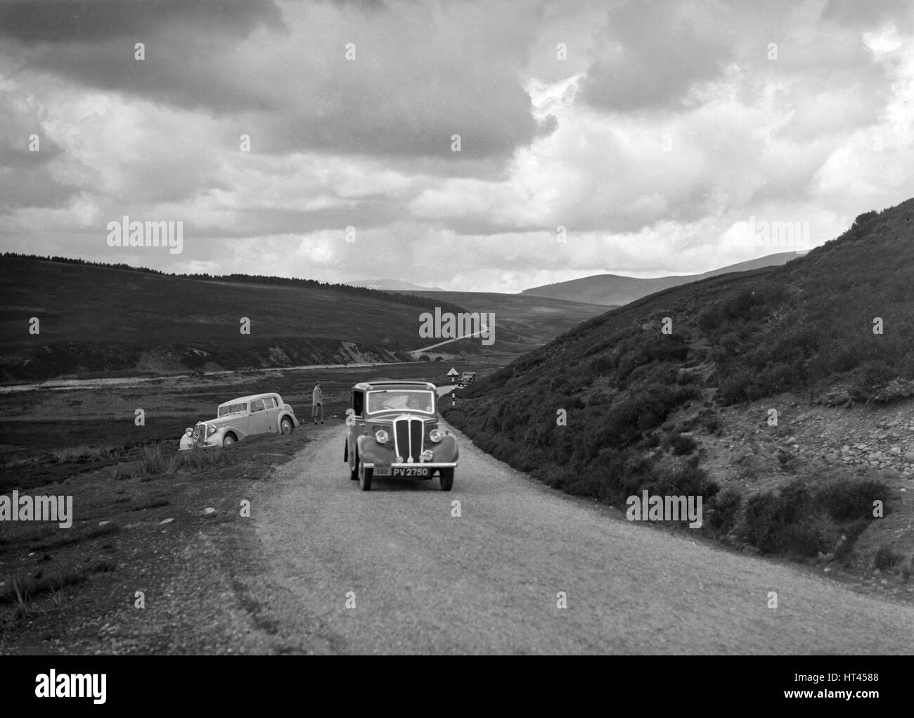 Standard saloon of NAW Brown competing in the RSAC Scottish Rally, 1936. Artist: Bill Brunell. - Stock Image