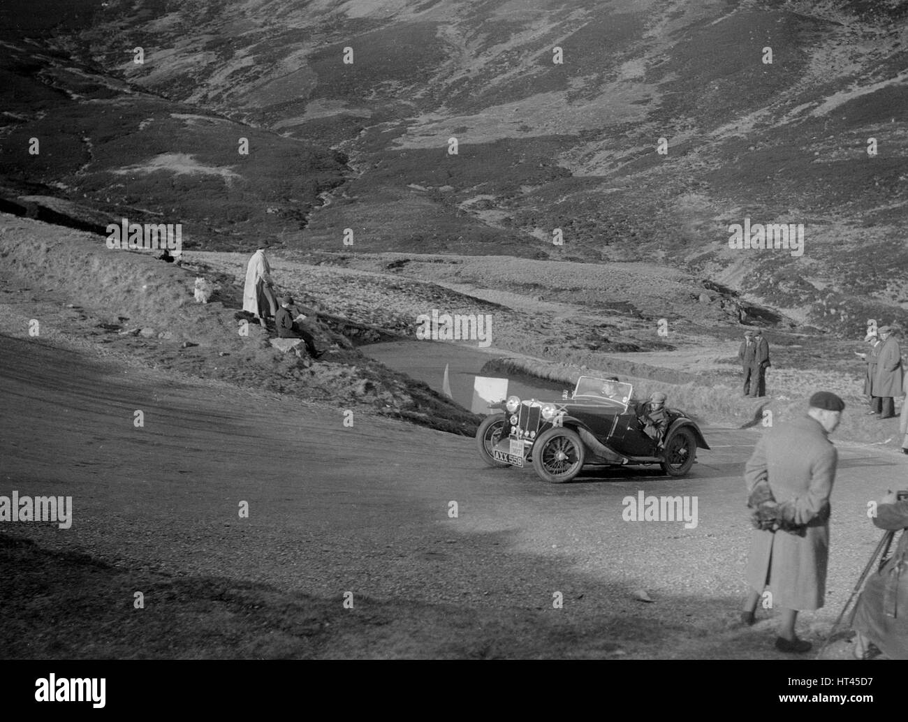 MG PA of A Cairns at the RSAC Scottish Rally, Devil's Elbow, Glenshee, 1934. Artist: Bill Brunell. - Stock Image
