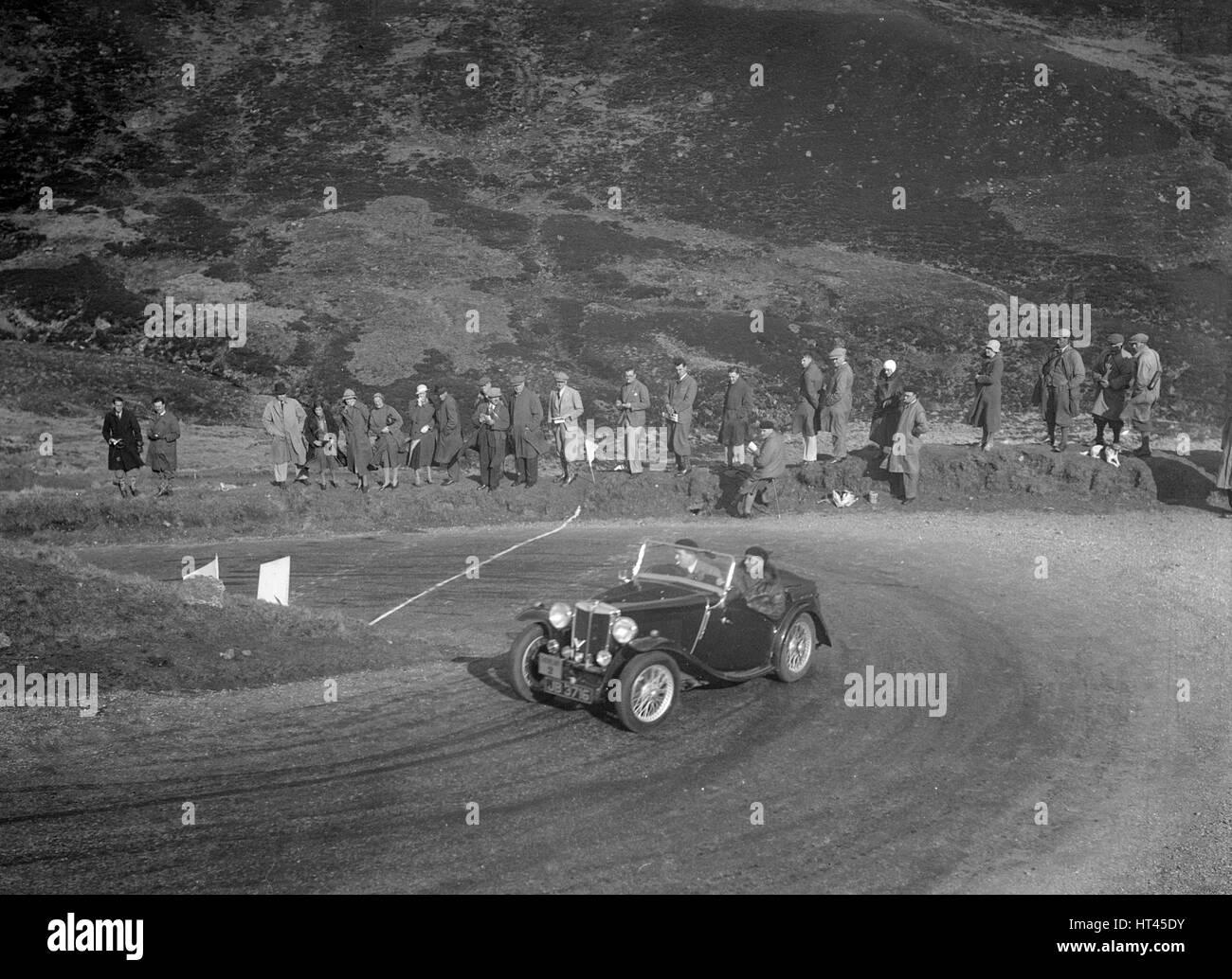 MG Magnette of CS Grant at the RSAC Scottish Rally, Devil's Elbow, Glenshee, 1934. Artist: Bill Brunell. - Stock Image