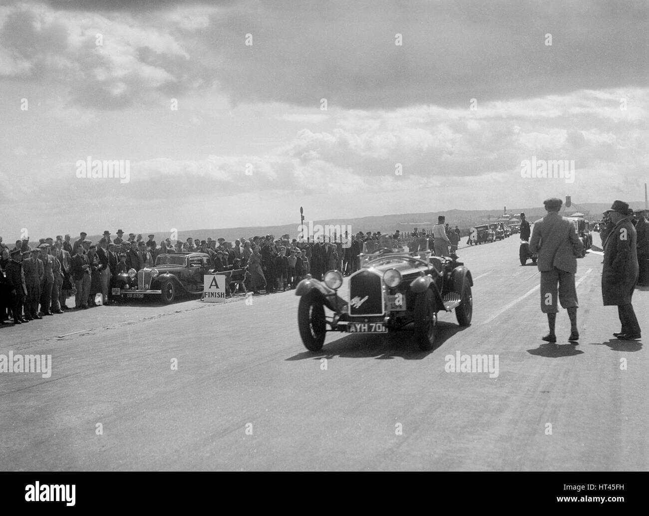Alfa Romeo 6C of J Street competing in the RSAC Scottish Rally, 1934. Artist: Bill Brunell. - Stock Image