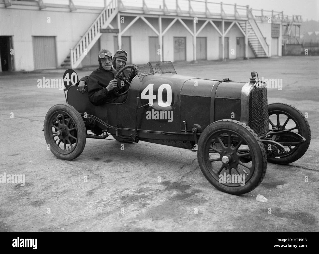 BS Marshall in his Aston Martin at the JCC 200 Mile Race, Brooklands, Surrey, 1921. Artist: Bill Brunell. - Stock Image