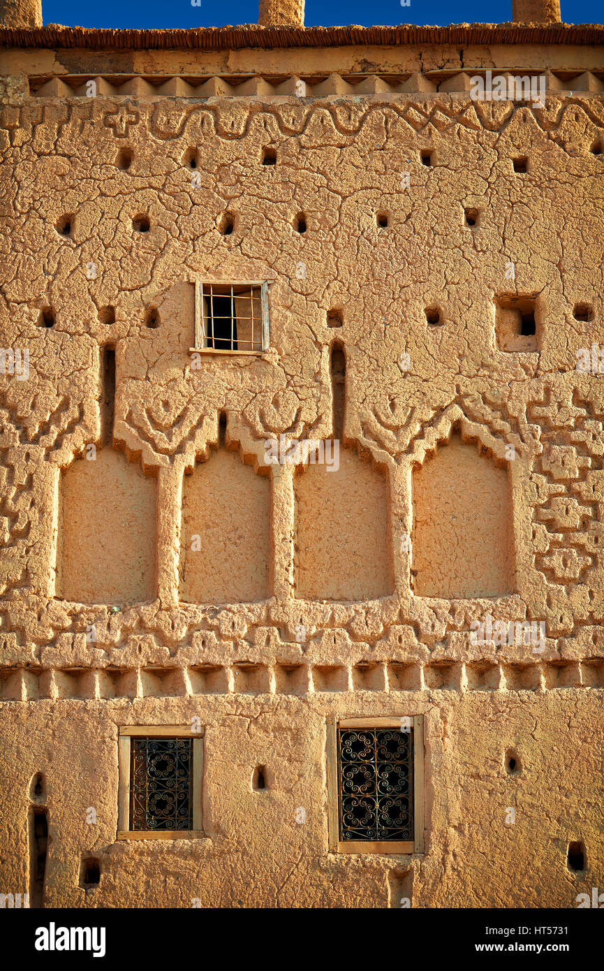 Exterior of the mud brick Kasbah of Taourirt, Ourrzazate, Morocco, built by Pasha Glaoui. A Unesco World Heritage Stock Photo