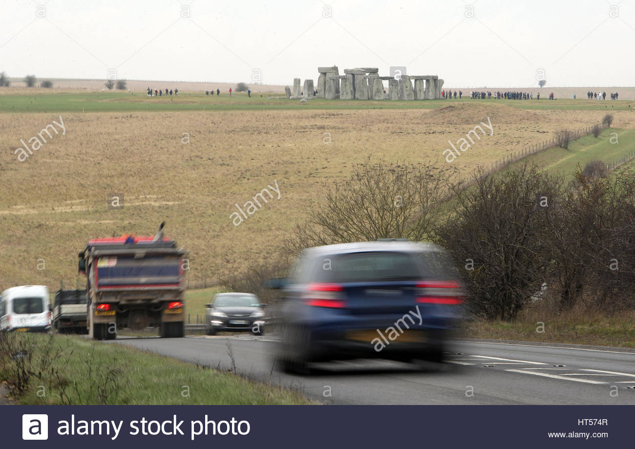File photo dated 06/02/17 of traffic passing Stonehenge on the A303 road in Wiltshire, as international advisers - Stock Image