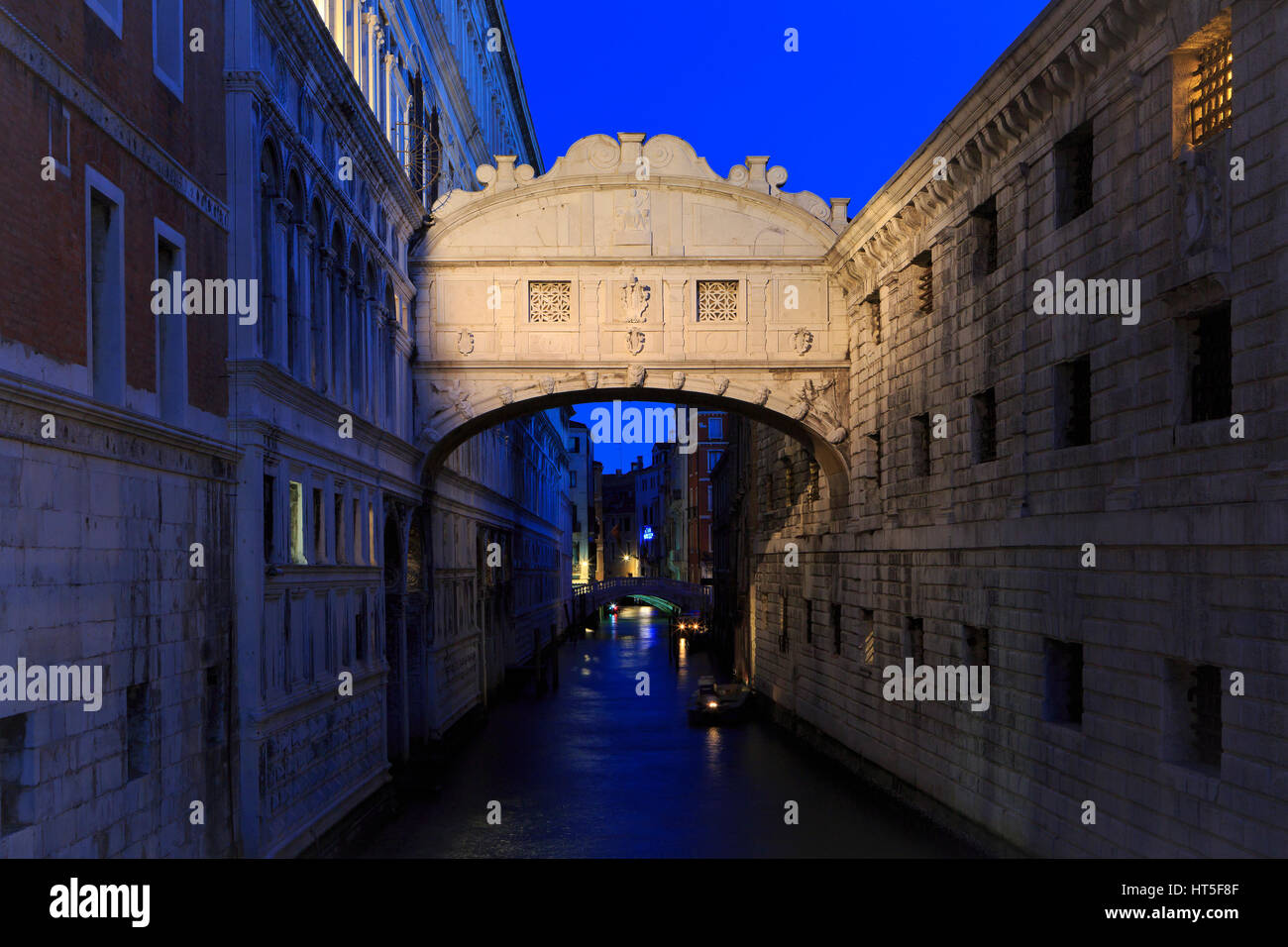 The Bridge of Sighs (1602) at dawn in Venice, Italy - Stock Image