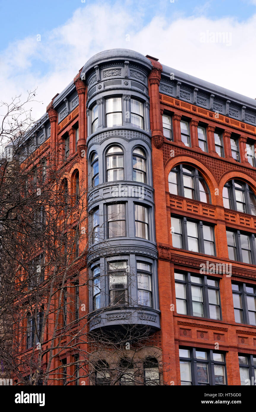 Victorian era Romanesque Revival style Pioneer Building in the Pioneer Square historical district, Seattle Stock Photo