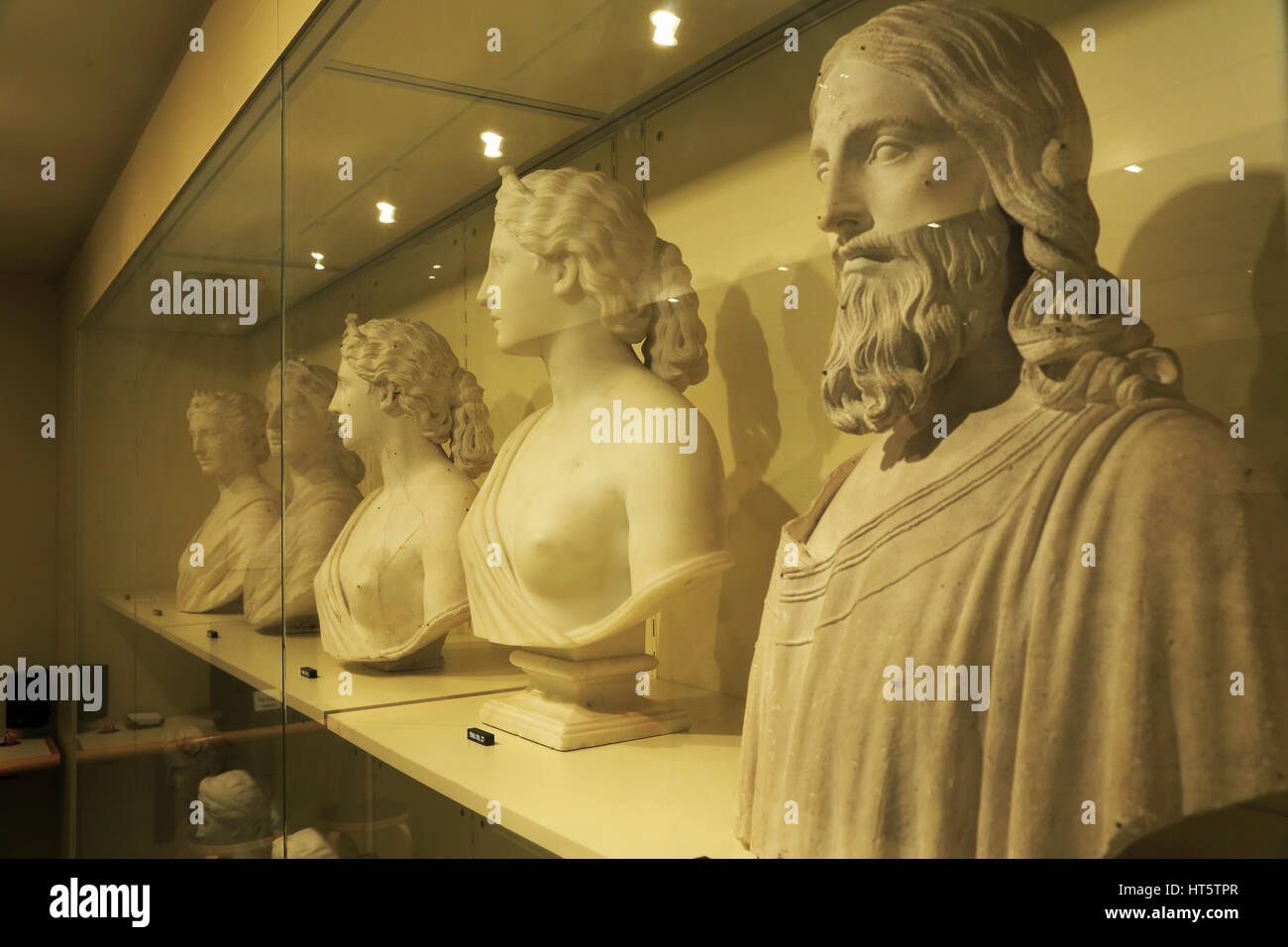 European art works in the visible storage in the Luce Foundation Center for American Art at Smithsonian American - Stock Image