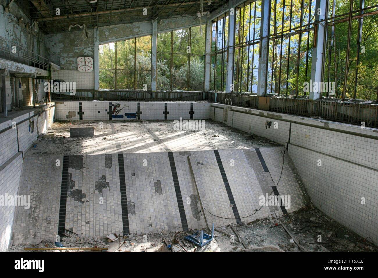 Abandoned Swimming Pool In Pripyat The Ghost Town In The Chernobyl Stock Photo Alamy