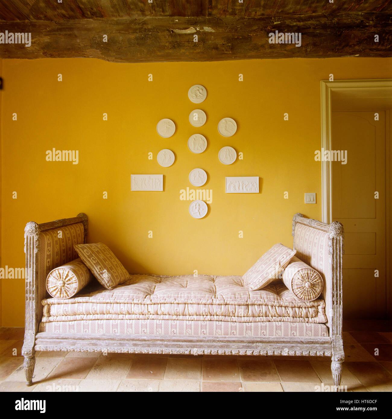 Pastel Yellow Walls Stock Photos & Pastel Yellow Walls Stock Images ...