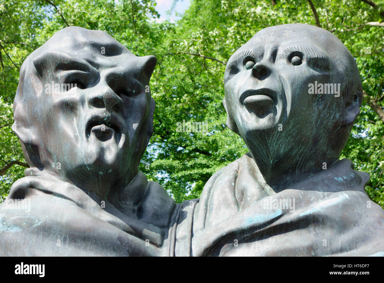 Thomas Schutte, 'United Enemies'. Central Park, Manhattan, New York City, USA - Stock Image