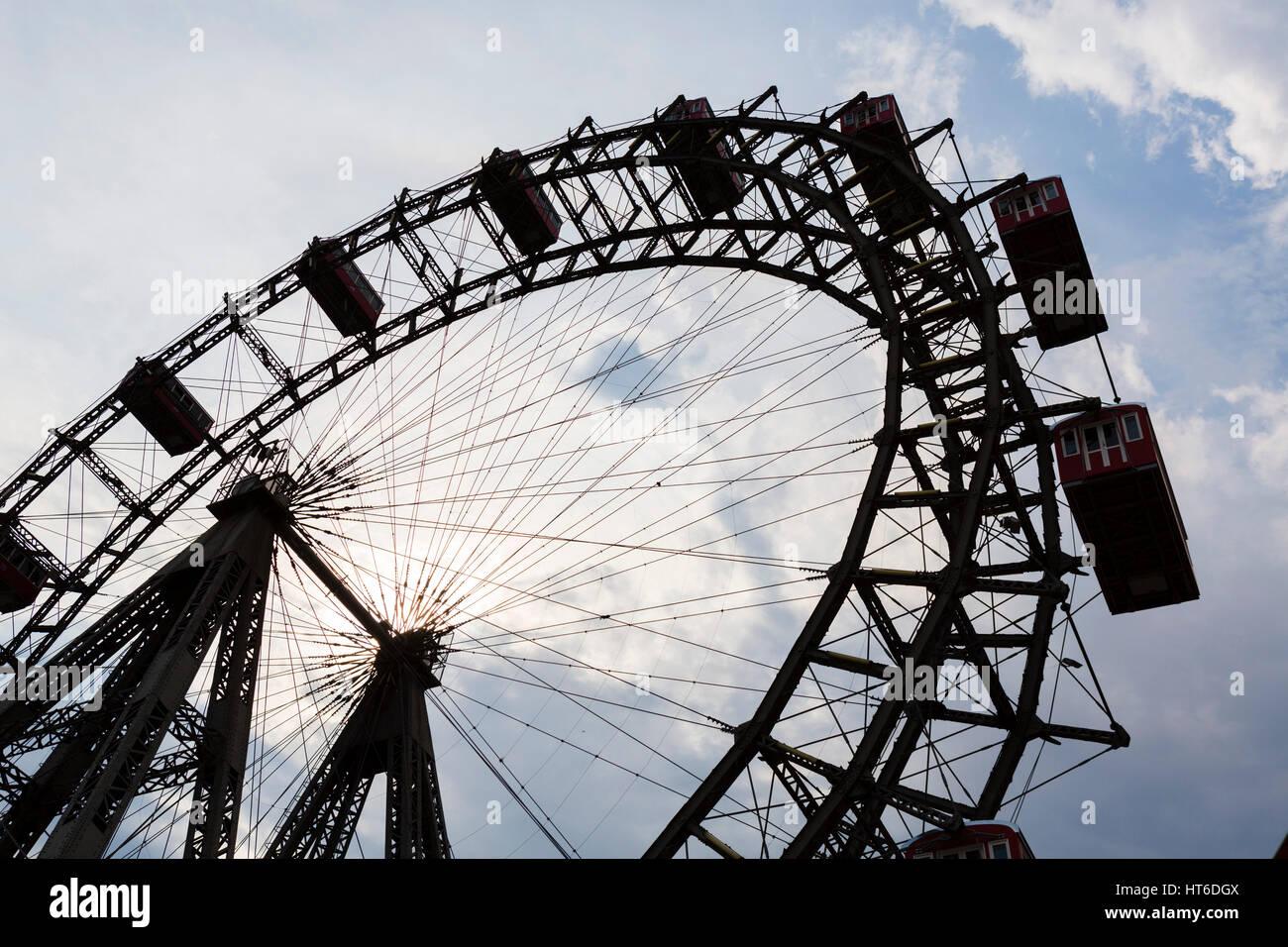 Vienna, Prater. The Wiener Riesenrad (Ferris Wheel) in the Prater amusement park, Vienna, Austria. - Stock Image