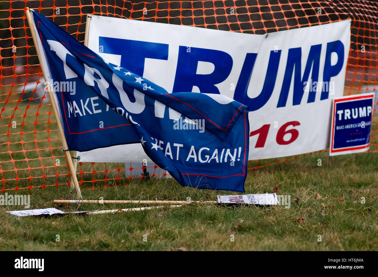 Signs and flags in support of the US President at a pro-Trump rally, hosted by People4Trump, in Bensalem, PA, on Stock Photo