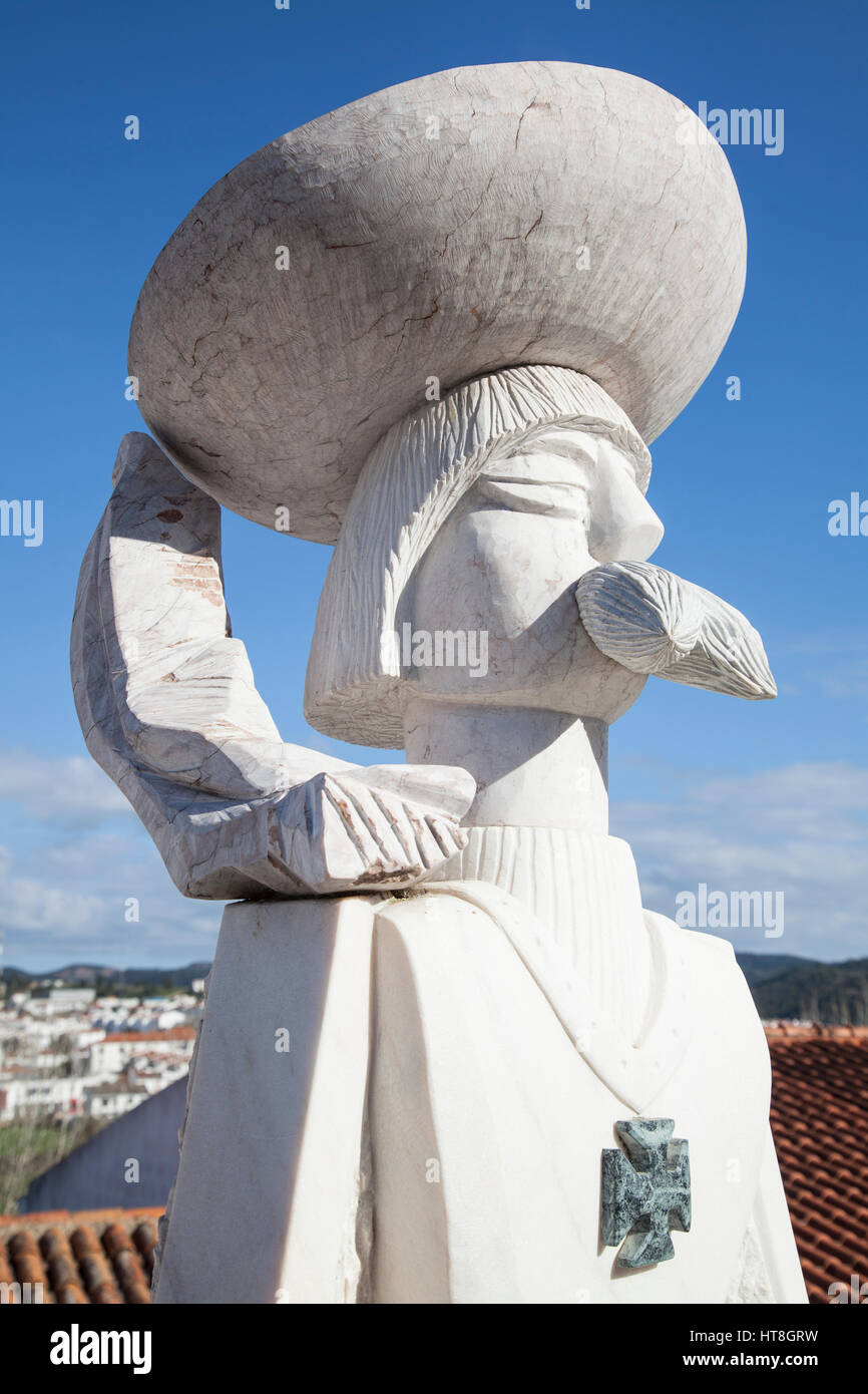 Stylised sculpture of Portugal's Prince Henry in Aljezur - Stock Image