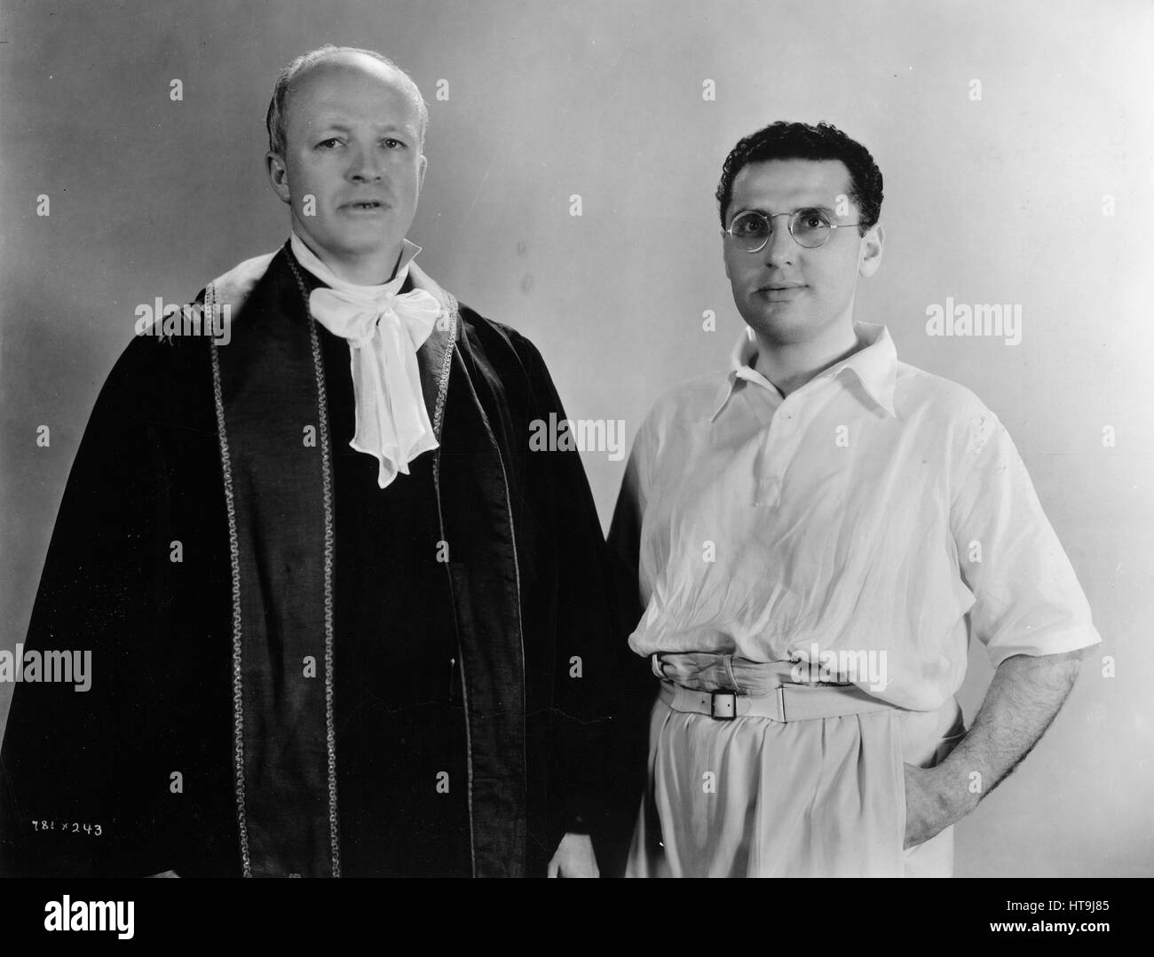 'Noted Author Turns Clergyman for Films...Hugh Walpole, as the Vicar of Blunderstone, and George Cukor, director - Stock Image