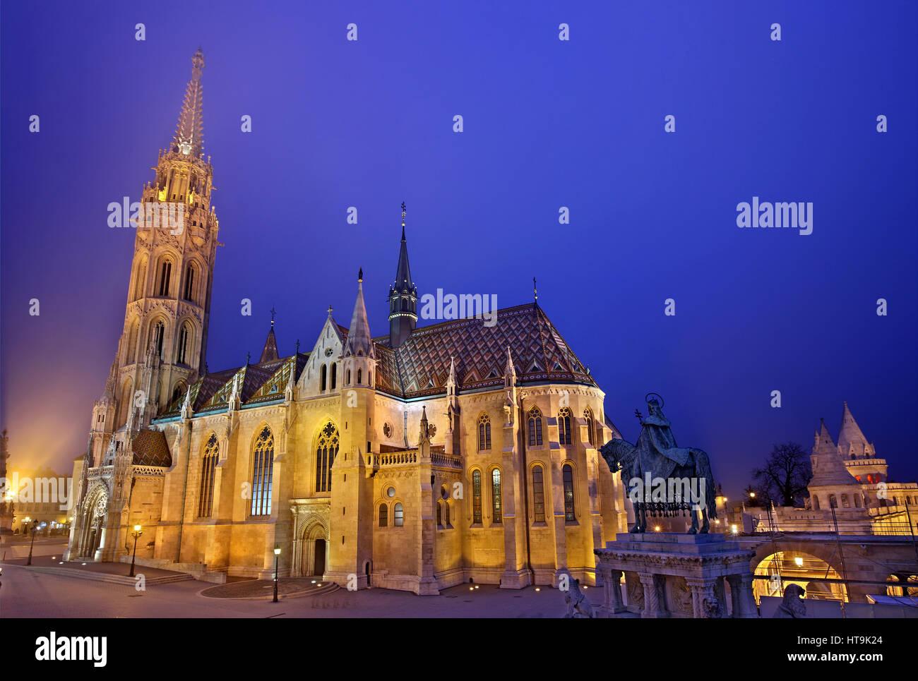 Matthias church (Matyas templom) and the 'Fisherman's Bastion', Castle Hill (Varhegy), Buda, Budapest, - Stock Image