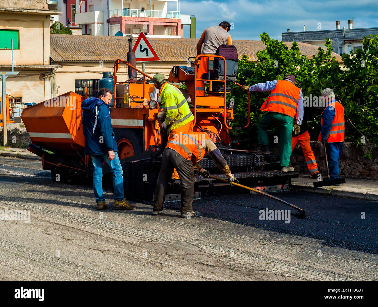 Road Builder Stock Photos & Road Builder Stock Images - Alamy
