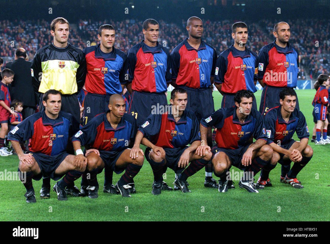 613d27bcc04 FC BARCELONA TEAM GROUP 07 November 1999 Stock Photo  135486317 - Alamy