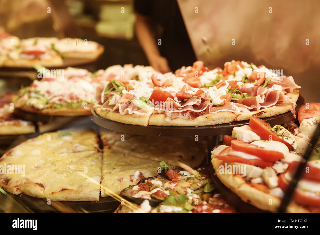 Pizza Shop Window Stock Photos & Pizza Shop Window Stock Images - Alamy
