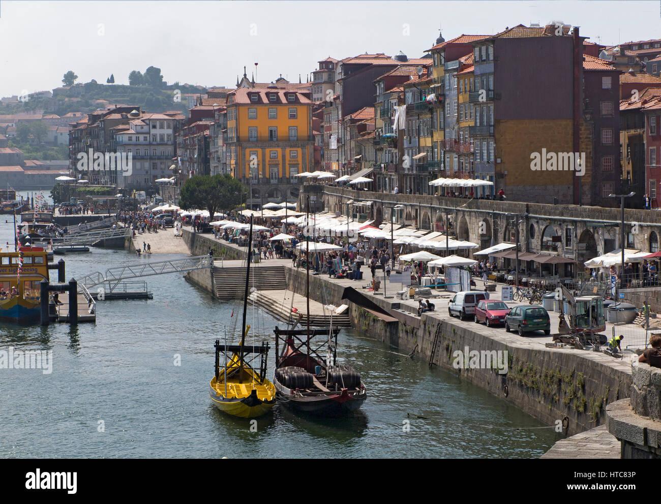Douro river and Ribeira Porto Portugal - Stock Image